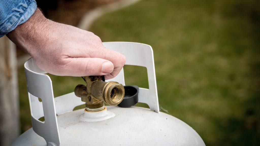 Seguridad en el hogar al cocinar seguridad en el hogar Seguridad en el hogar y en la cocina; qué hacer y qué no hacer Seguridad en el hogar para tener un cilindro de Gas LP 1024x576